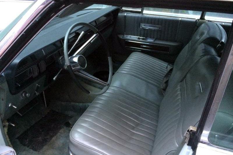 Big Drop Top 1965 Lincoln Continental