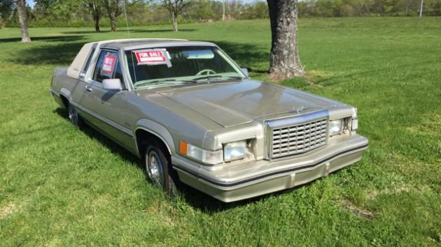 Roadside Survivor Sighting: 1982 Ford Thunderbird