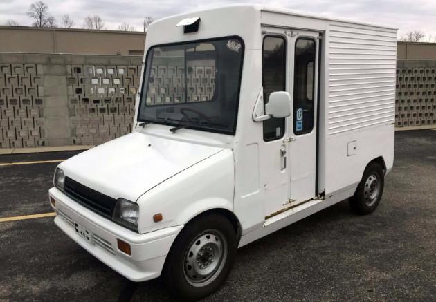 Barn Fresh Delivery: 1986 Daihatsu Mira Van