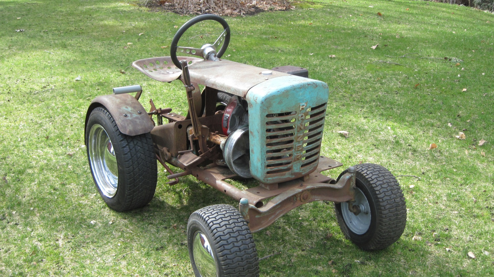 Wheel Horse Garden Tractor With Pto And 3 Point : Tiny tractor ford lgt garden
