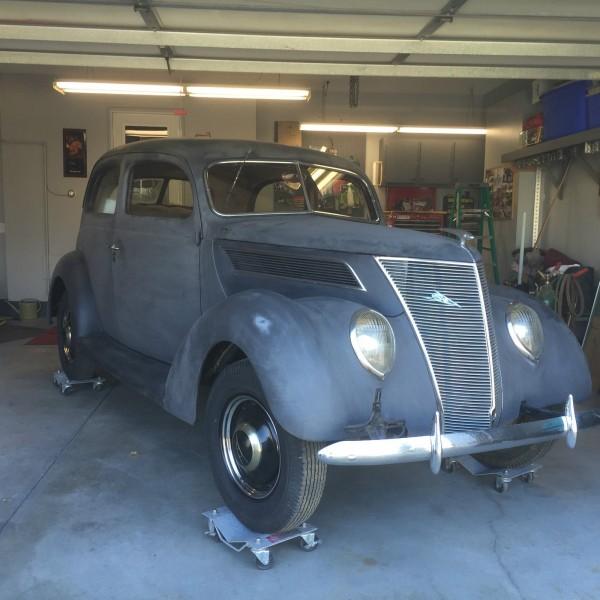 Unmotivated 1937 ford 2 door sedan for 1937 ford 2 door