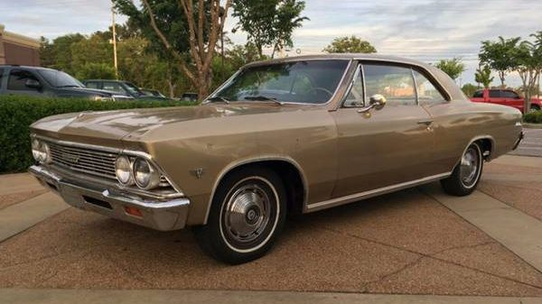Grandma's Car: 1966 Chevelle Malibu