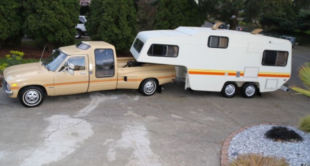 Vehicle Auctions Near Me >> Vintage Chic Weekender: 1981 Toyota Dually & Camper