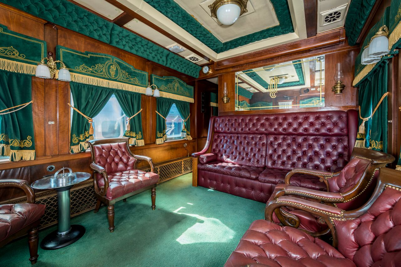 j p morgan 39 s railcar erie 400 pullman car. Black Bedroom Furniture Sets. Home Design Ideas