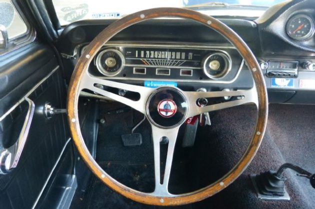 05-1965-ford-mustang-shelby-gt350-dashboard