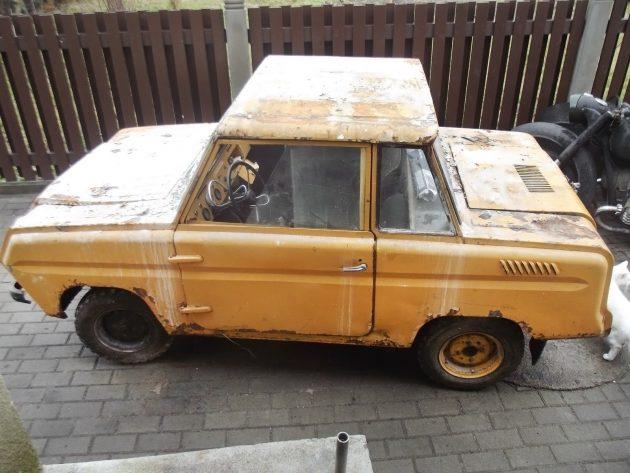 050116 Barn Finds - 1983 SMZ S-3D - 2