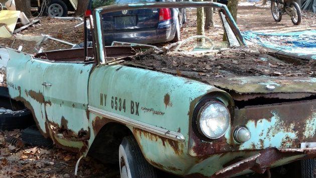 050516 Barn Finds - 1967 Amphicar - 2