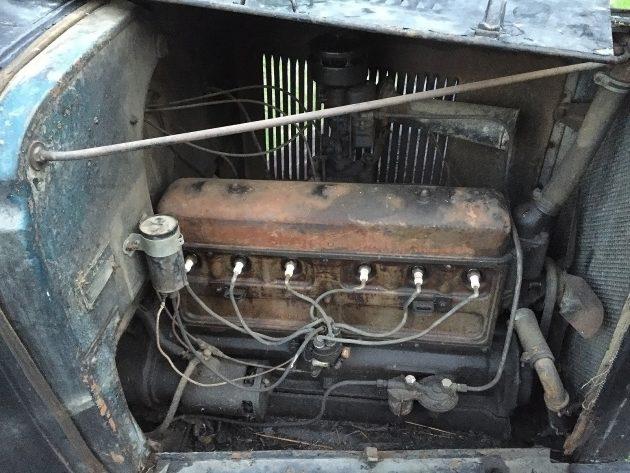 051216 Barn Finds - 1932 Chevrolet Pickup - 5