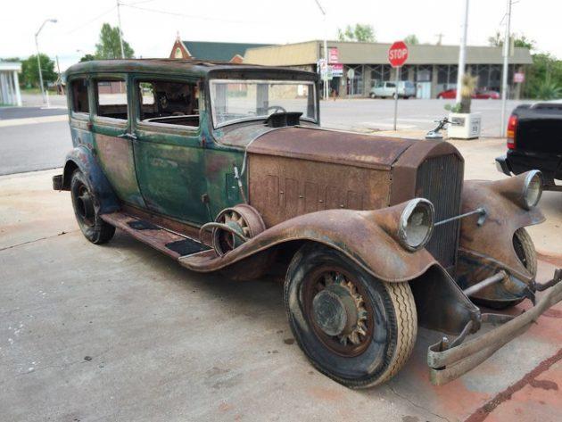 052216 Barn Finds - 1931 pierce arrow 43 sedan - 3