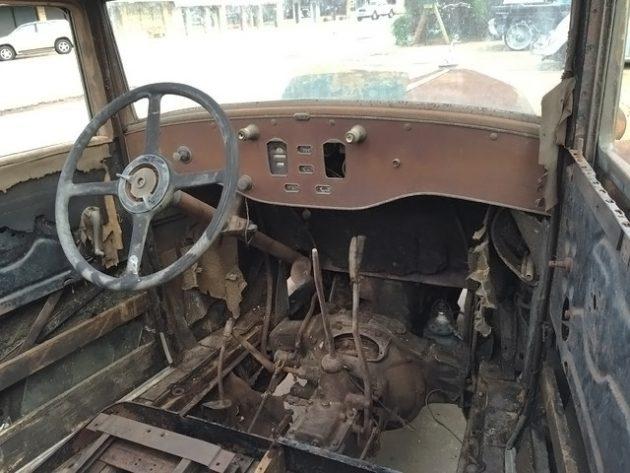 052216 Barn Finds - 1931 pierce arrow 43 sedan - 4