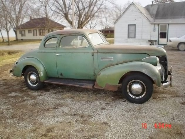 052716 Barn Finds - 1939 Pontiac Coupe - 2