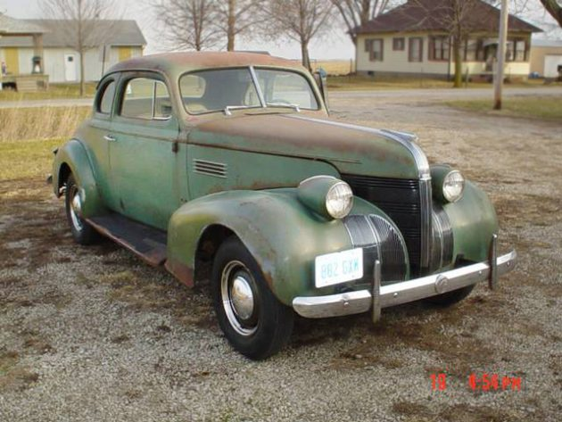 Coupe or Business Coupe? 1939 Pontiac Coupe