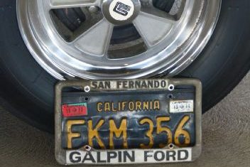 10-1965-ford-mustang-shelby-gt350-wheel-license-plate