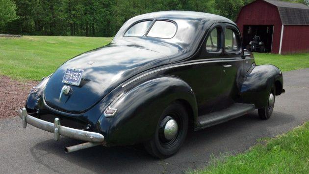 1940 Ford V8 Survivor