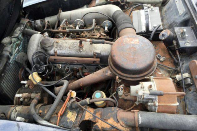 1961 Mercedes 190SL Engine