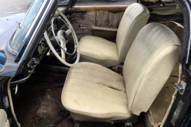 1961 Mercedes 190SL Interior