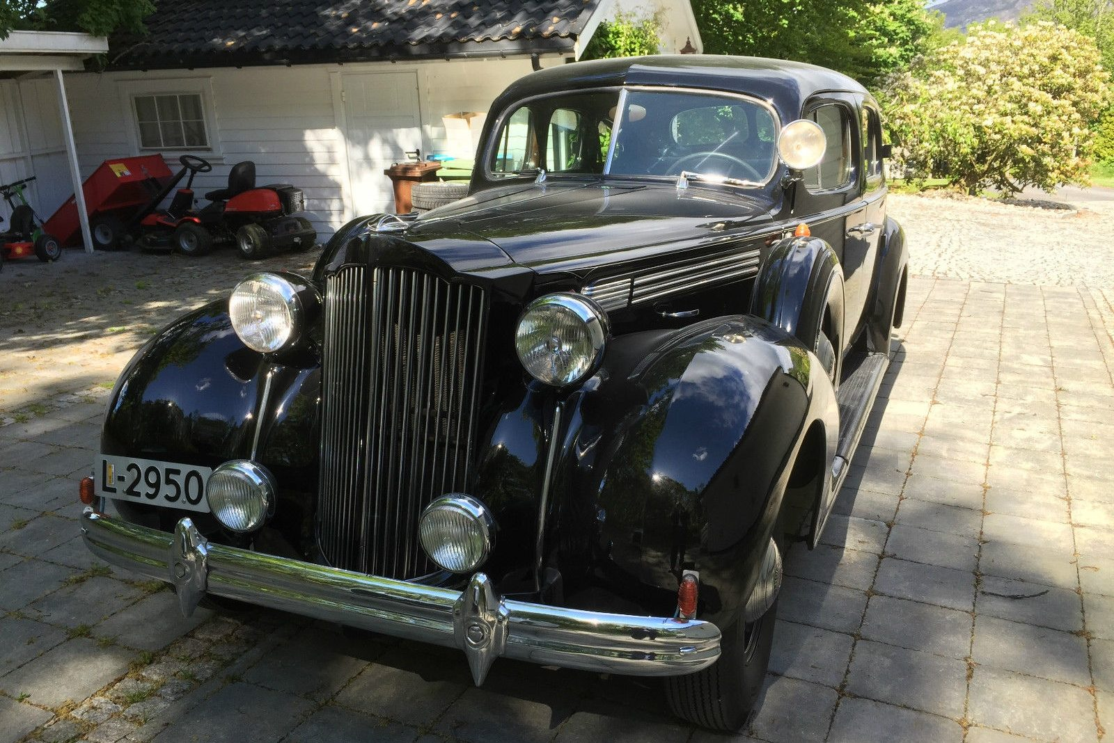 American Abroad 1939 Packard 120