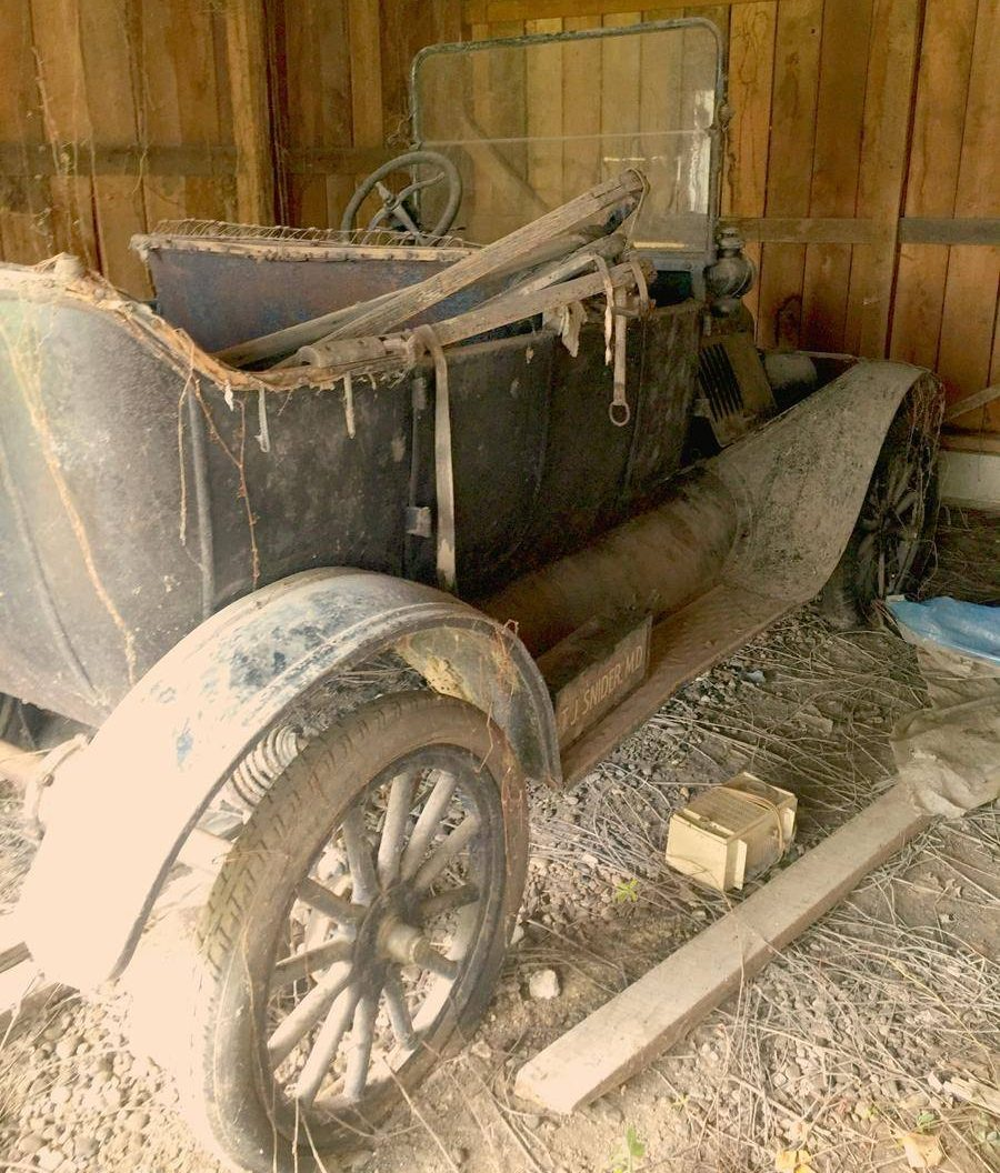 75 Year Dust Collection: 1916 Ford Model T