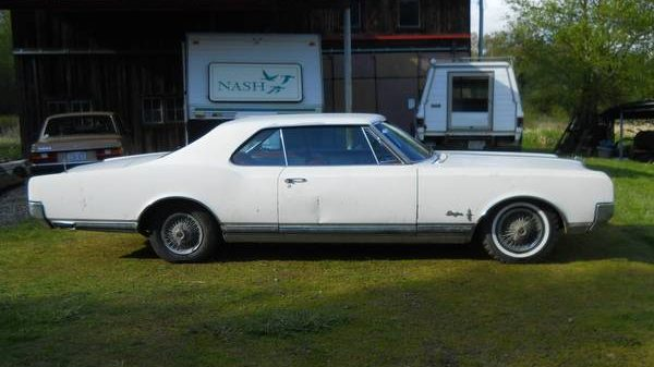 Shining Star: 1965 Oldsmobile Starfire