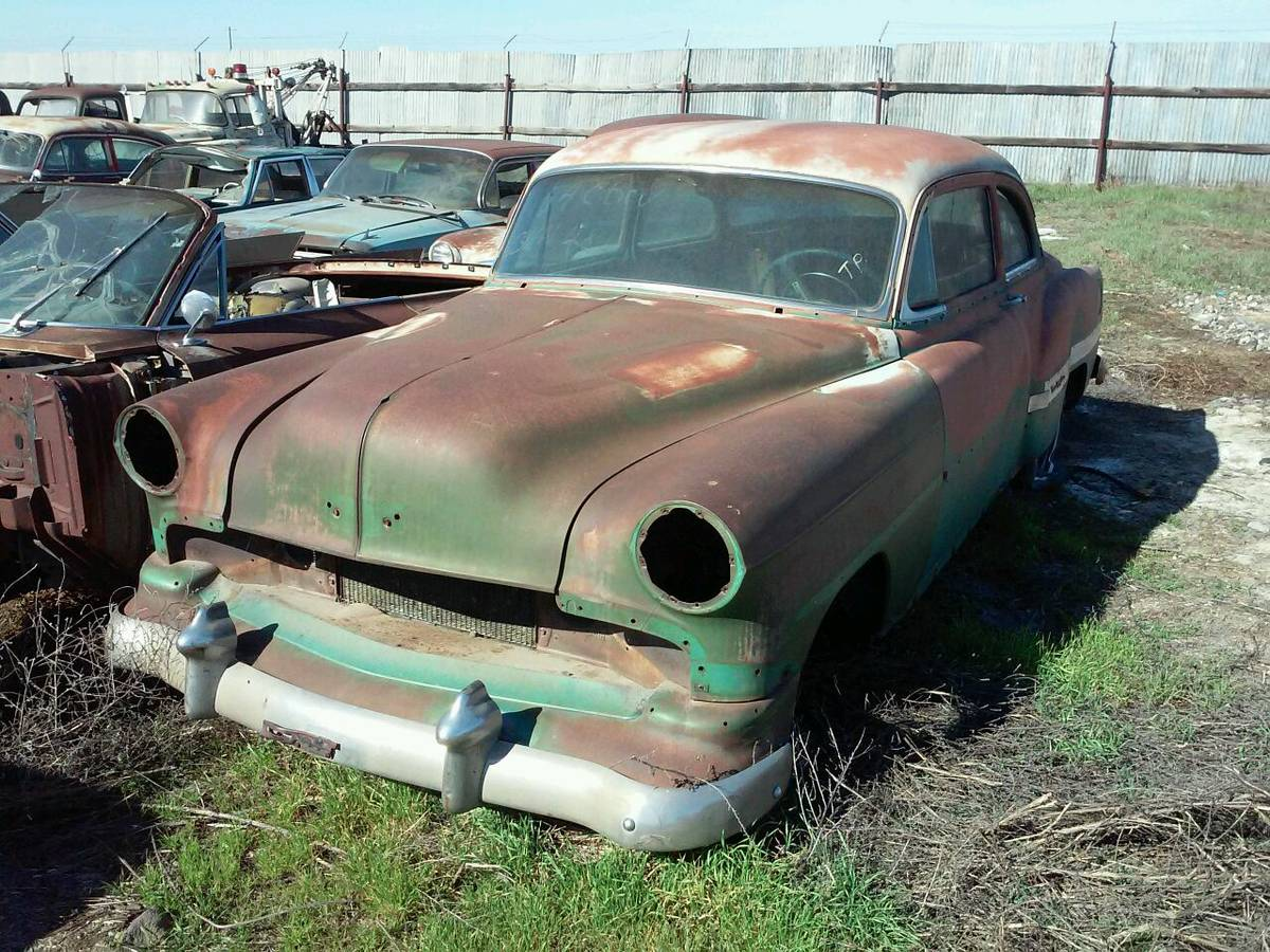 Spokane Salvage: 200 Cars For Sale