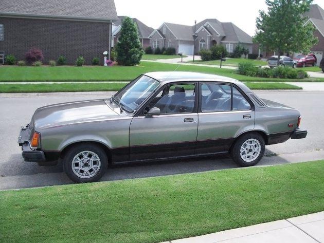 Deluxe Diesel: 1983 Isuzu I-Mark Deluxe Sedan