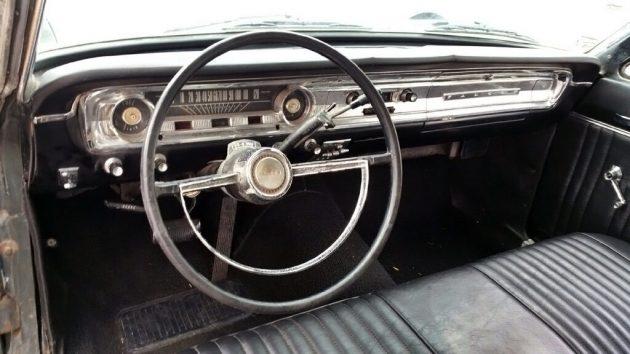 061116 Barn Finds - 1965 Ford Falcon Futura Convertible - 4
