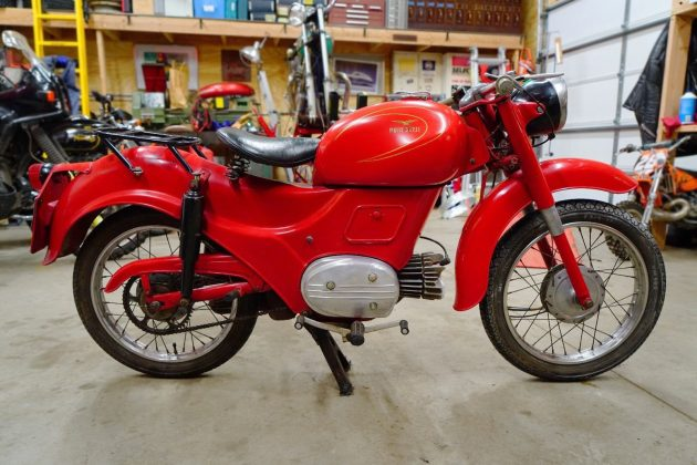 061216 Barn Finds - 1960 Moto Guzzi Zigolo - 1