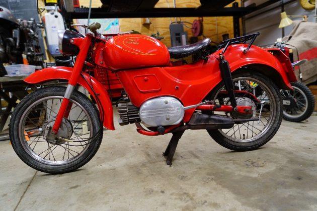 061216 Barn Finds - 1960 Moto Guzzi Zigolo - 2
