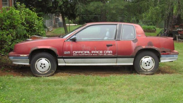 1985 Indy 500 Pace Car: 1985 Oldsmobile Calais 500