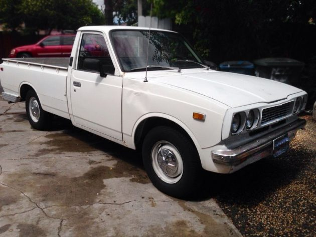 061616 Barn Finds - 1973 Toyota Hilux - 2