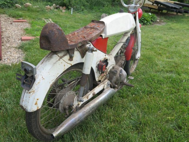 061716 Barn Finds - 1966 Honda CM91 Super Cub 90 with rally kit - 4