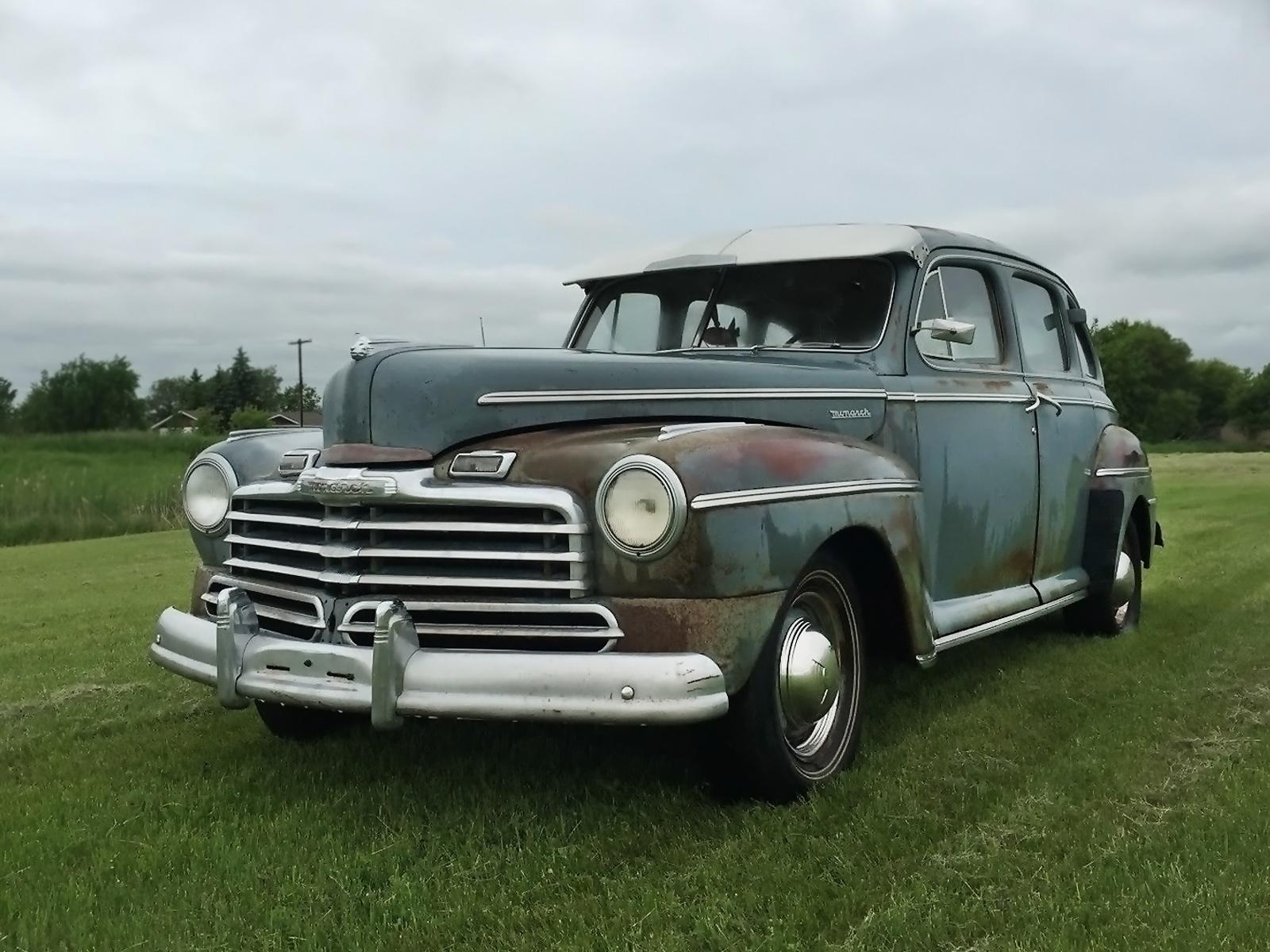 Cool canadian car 1947 mercury monarch sedan for 1946 mercury 4 door sedan