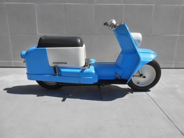 061816 Barn Finds - 1965 Harley-Davidson Topper - 1