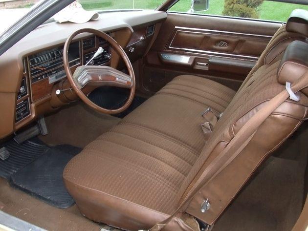 062216 Barn Finds - 1977 Ford LTD Landau - 4