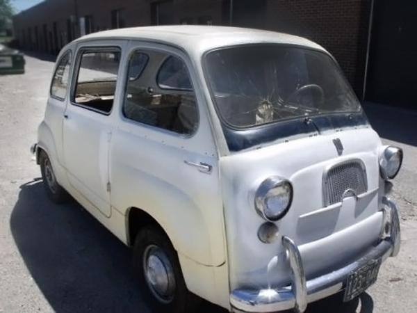 062716 Barn Finds - 1959 Fiat 600 Multipla - 2
