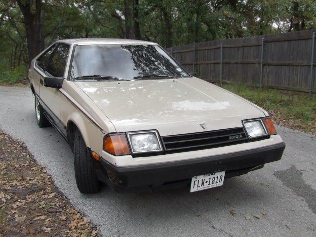 Tan Texas Toyota: 1982 Toyota Celica GT