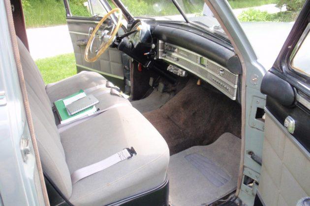 1950 Chrysler Imperial Interior