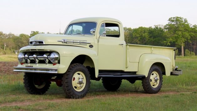 Marmon Herrington 4x4: 1952 Ford F3