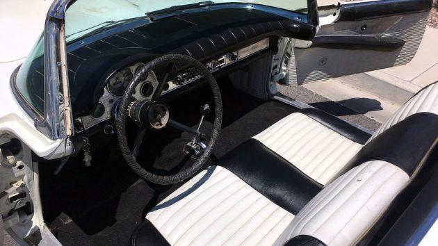 1957 Ford Thunderbird Interior
