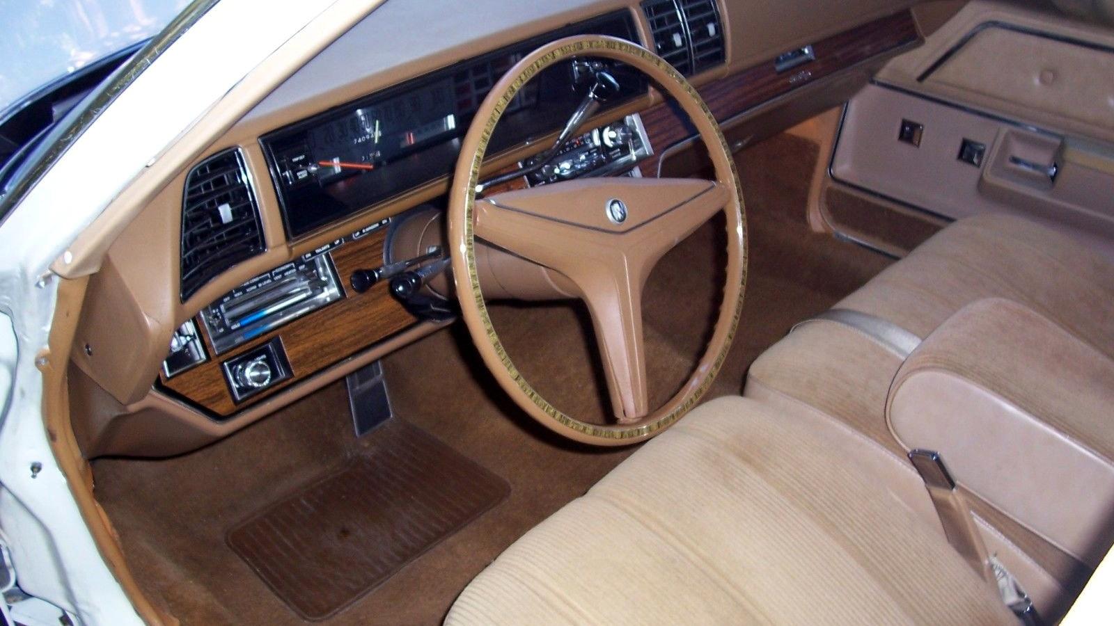 Buick Estate Interior on 1971 Buick Estate Wagon