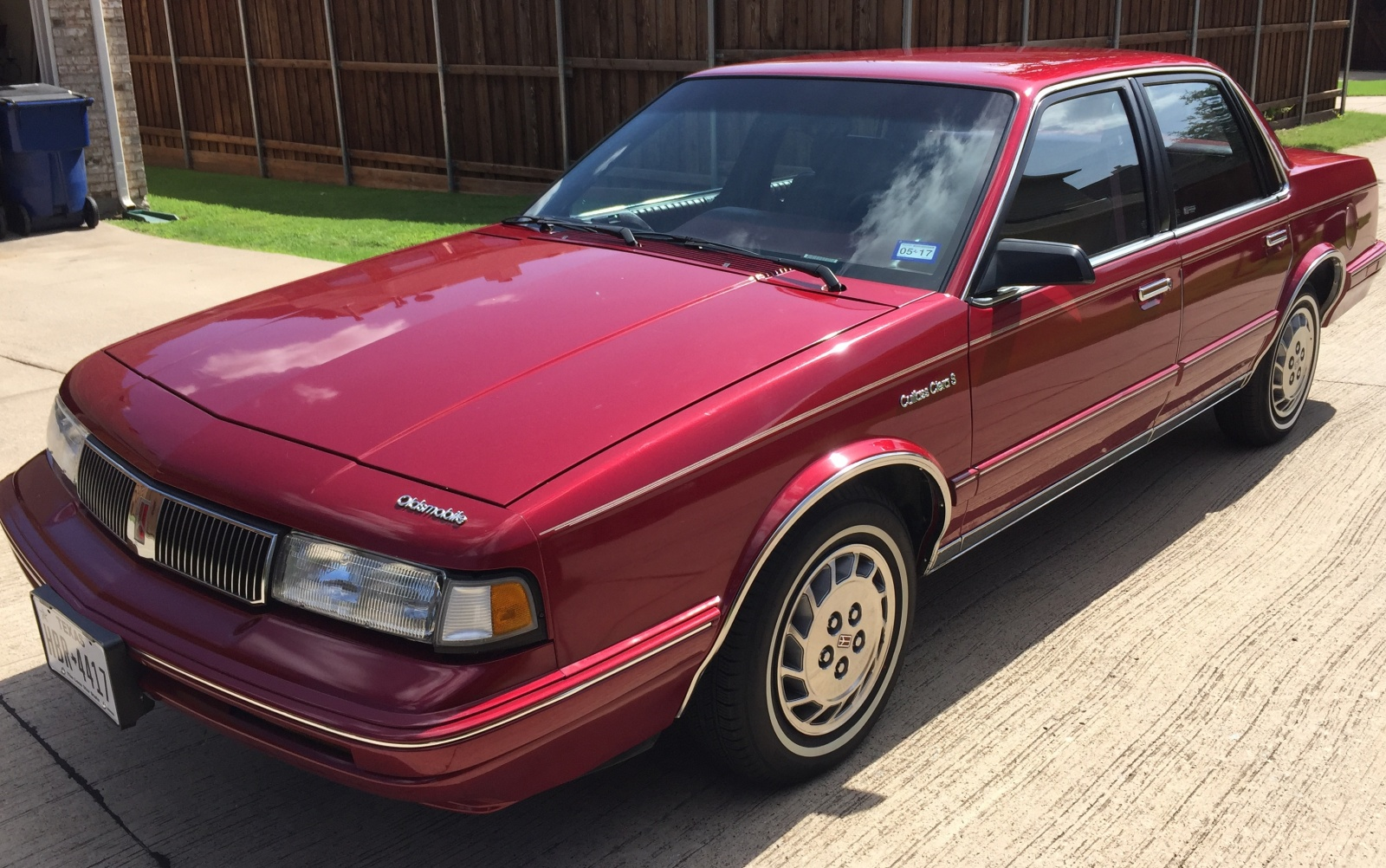 BF Exclusive: 1993 Oldsmobile Cutlass Survivor
