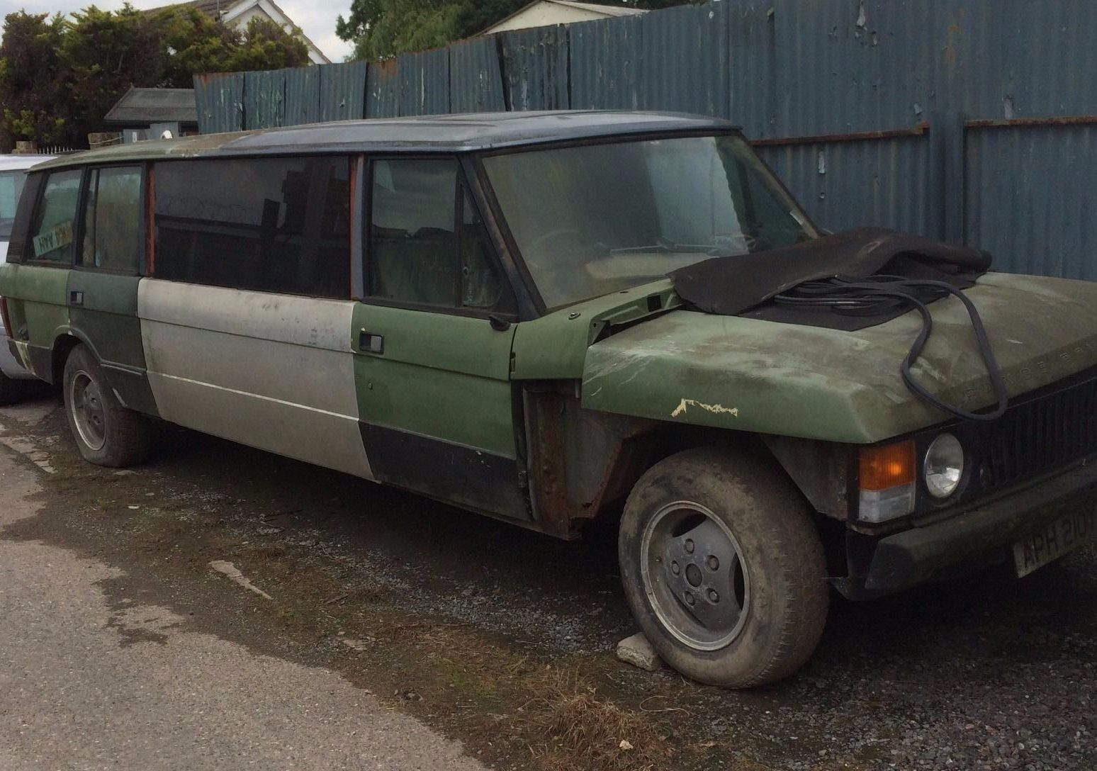 Limousine For Sale >> Takes Up Space: Range Rover Limo Project