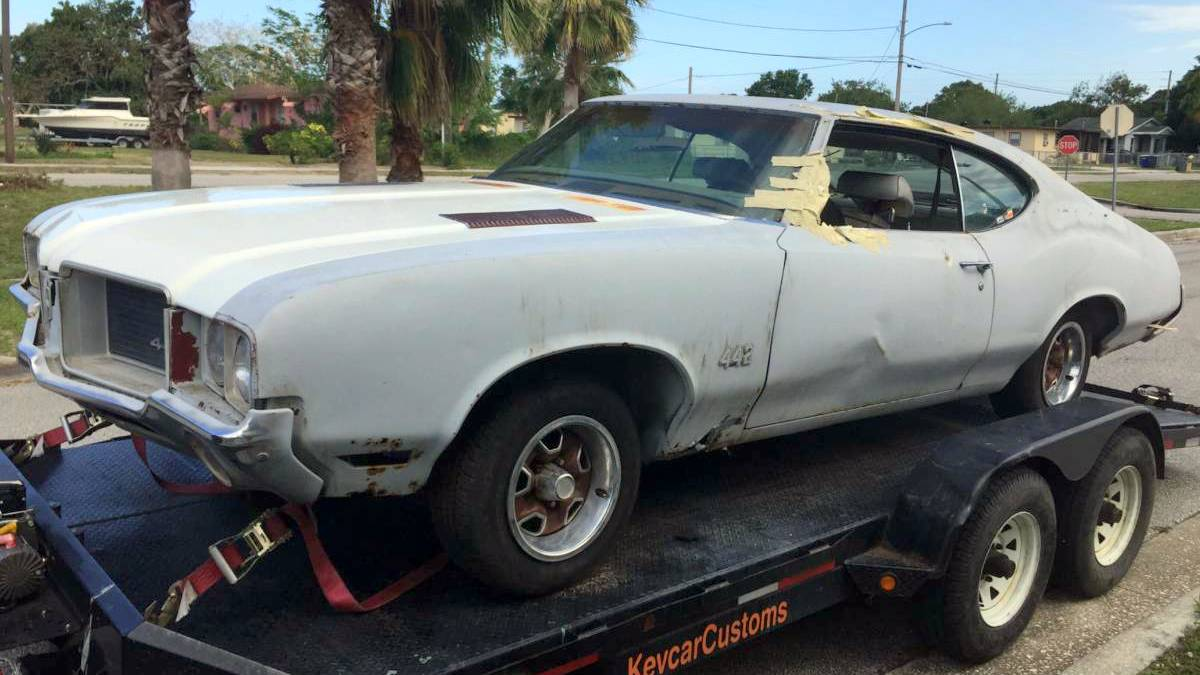 Don T Donk It Cheap Oldsmobile 4 4 2 Project