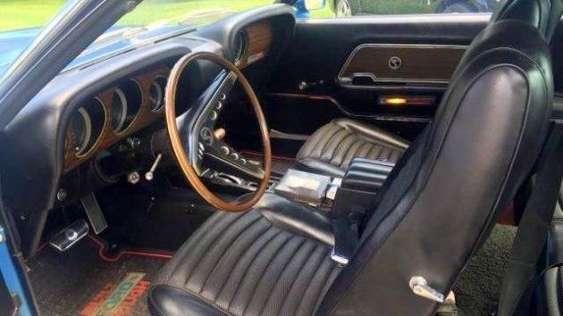 GT500 Interior