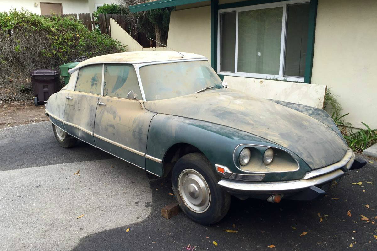 Craigslist Classifieds Los Angeles >> Gallic Goddess: 1969 Citroen DS 21 Pallas