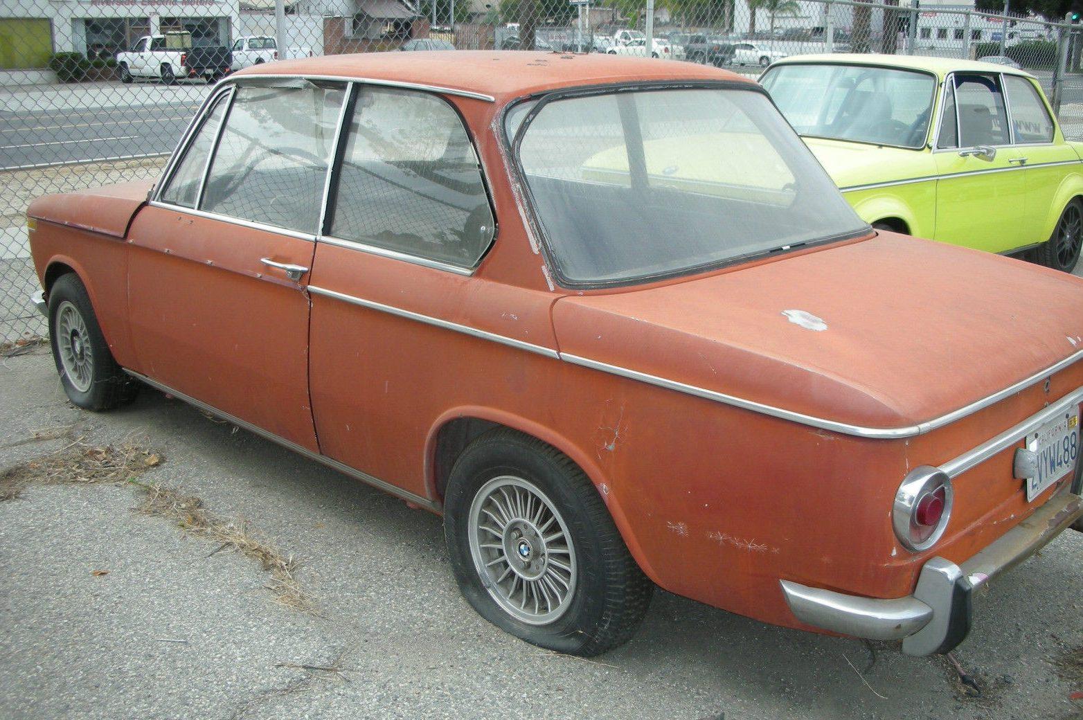 Bargain Roundie: 1968 BMW 2002