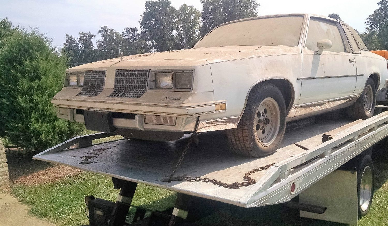 Starter Barn Find: 1985 Oldsmobile Cutlass