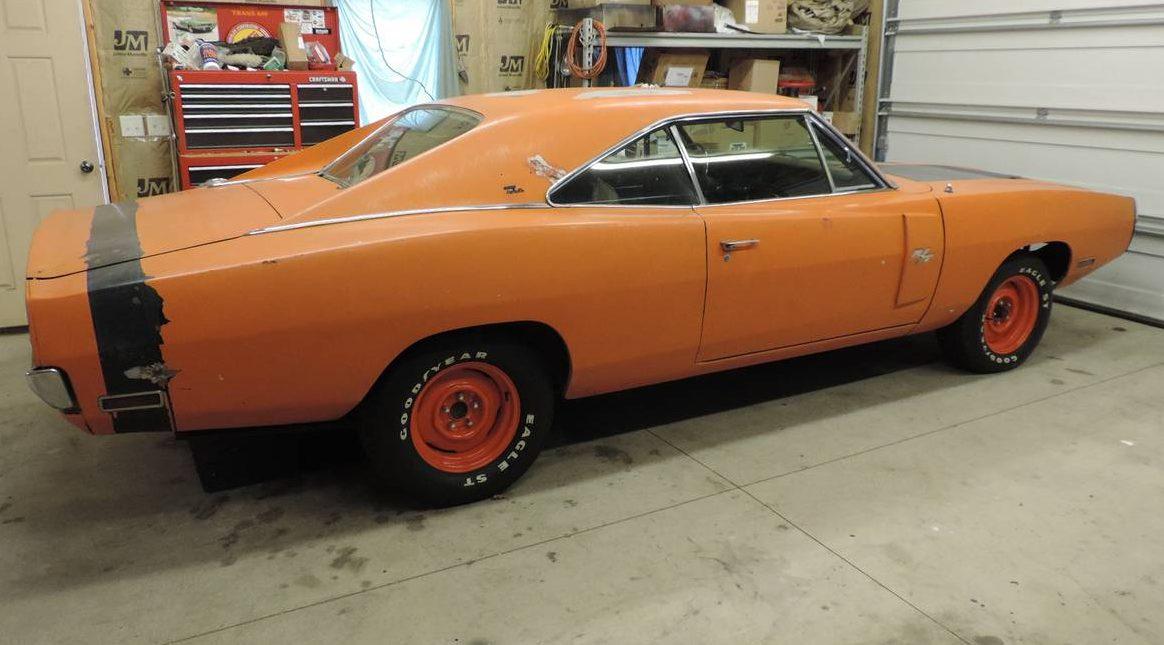 Restore or Restomod? 1970 Dodge Charger R/T SE
