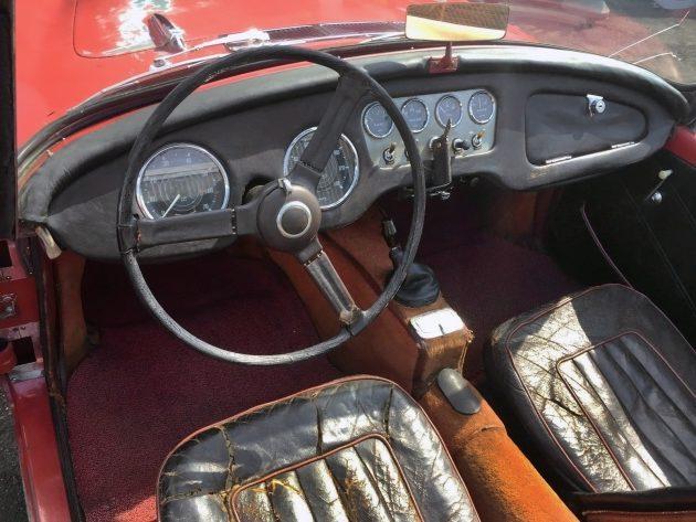 070116 Barn Finds - 1962 Daimler SP 250 Roadster - 4