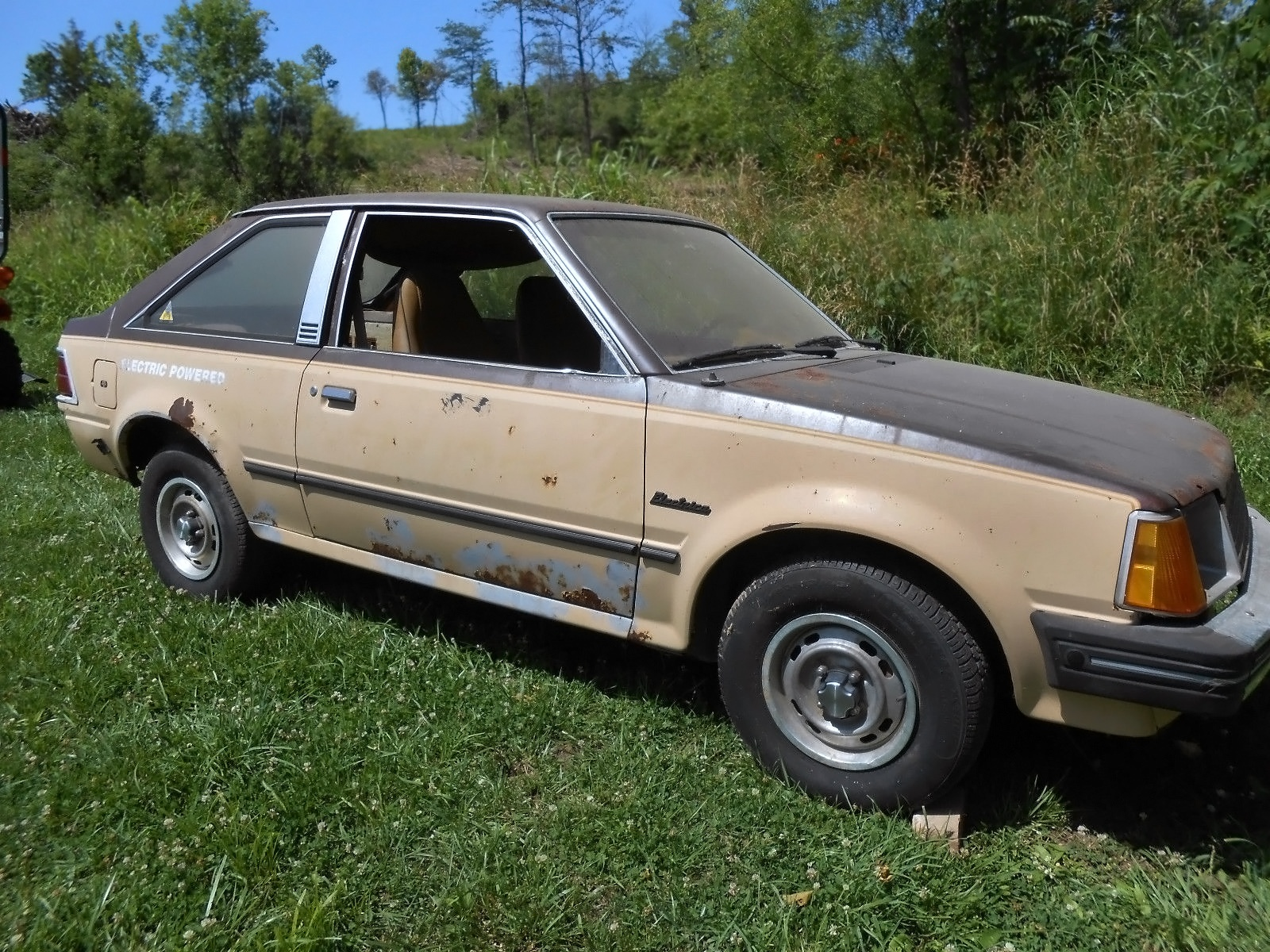 Texas Car Barn >> 17 Batteries Needed: 1981 Ford Escort Electrica